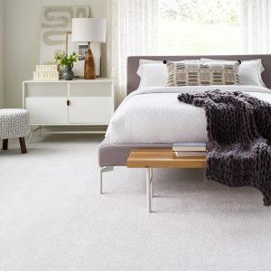 White bedroom Carpet | Price Flooring